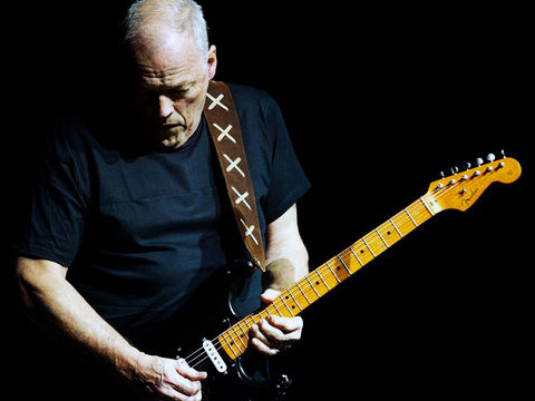 "David Gilmour solista con ""Rattle that Lock"""